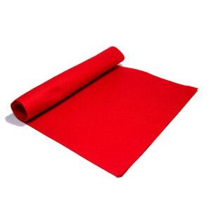 Filc czerwony