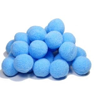 pompony niebieskie